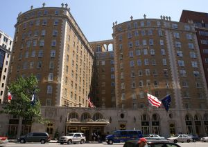 1024px-Mayflower_Hotel_in_Washington,_D.C.